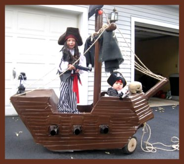 Halloween Pirate Ship with Pirates