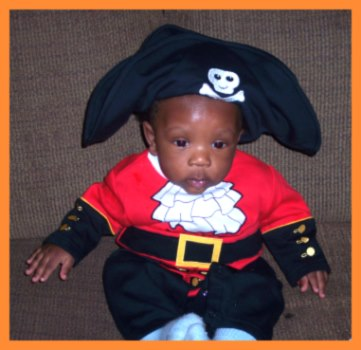 Cute Pirate costume for babies
