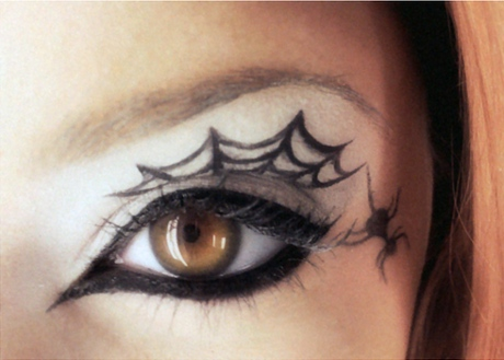 Cool Spider Web Eyeliner