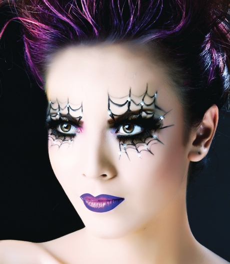 Spider Web Liner and Purple Lips Makeup